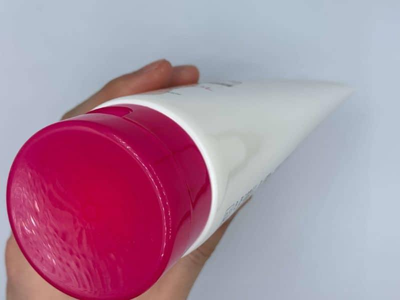 シュワルツコフの「BCクア フォルムコントロール」のシャンプーを美容師が実際に使ってみたレビュー記事